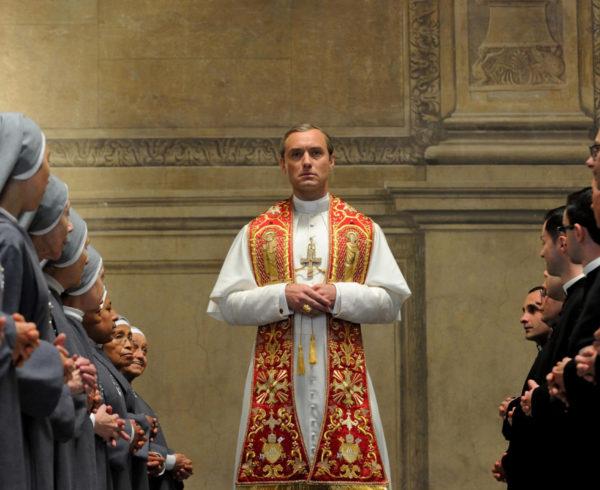 Молодой папа. Телесериал, 1 сезон. Режиссер - Паоло Соррентино. HBO, 2016